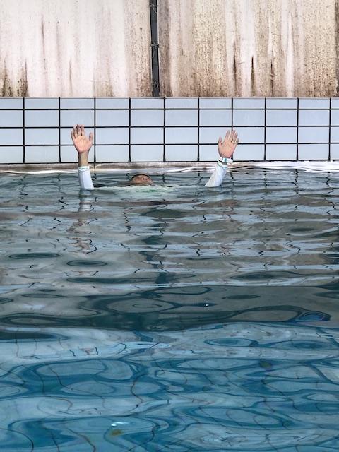 ダイブショップサンライズ 溺れてる